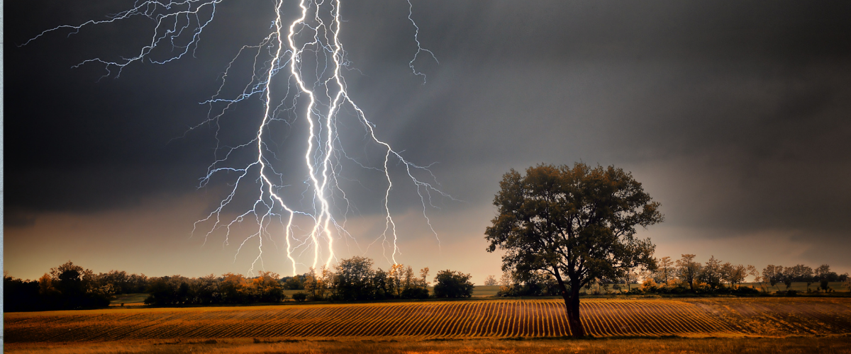 lightning-extreme-weather-guide-what-to-do